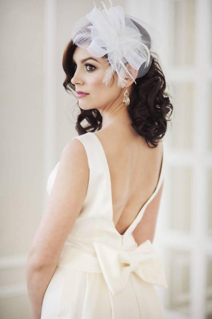 suknia ślubna zkokardą