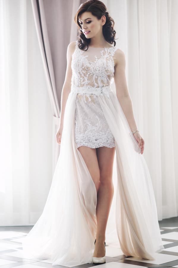 dwuczęściowa sukienka ślubna na siatce
