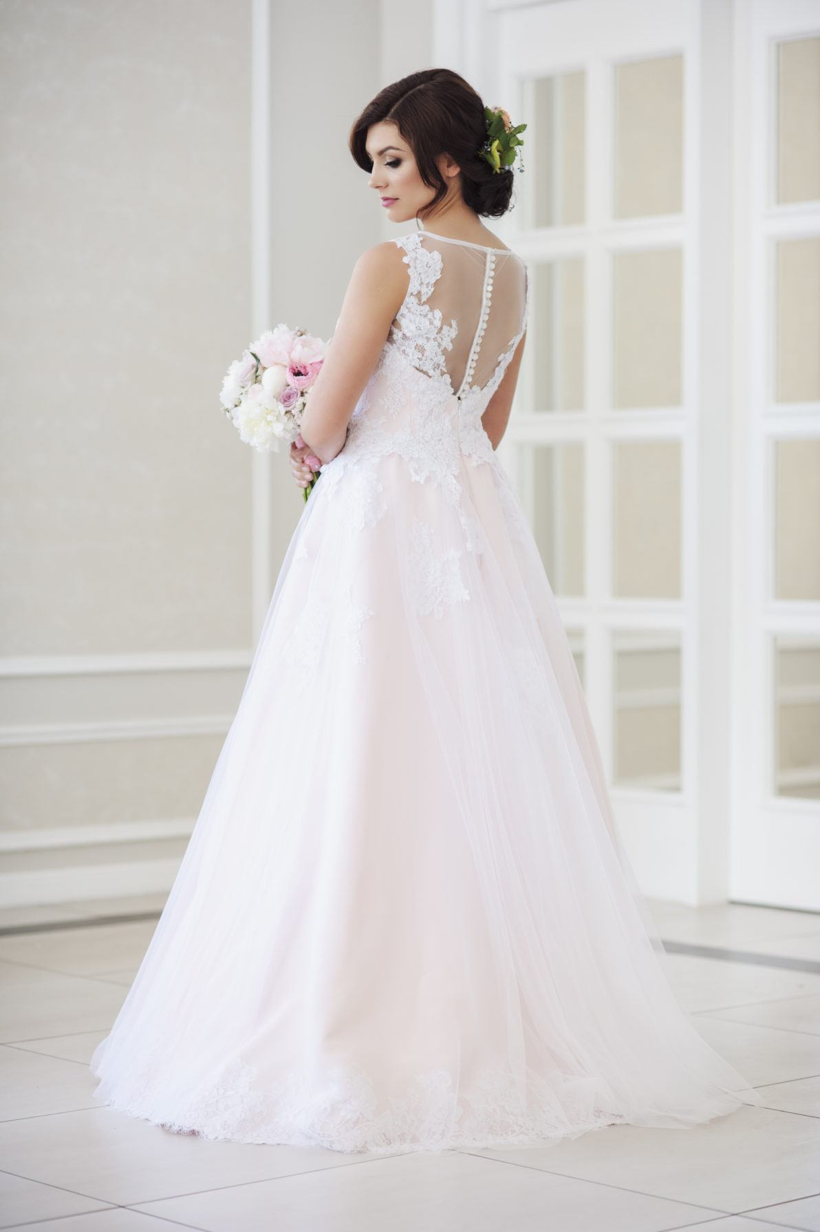 suknia ślubna princessa z koronki i tiulu
