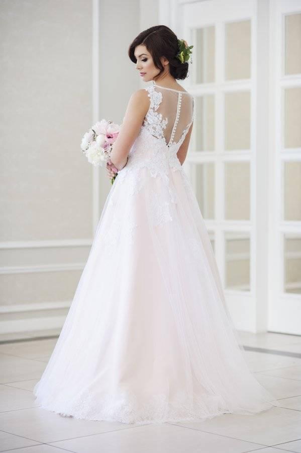 suknia ślubna princessa zkoronki itiulu