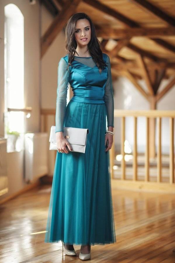 długa turkusowa suknia bez koronki z rękawem